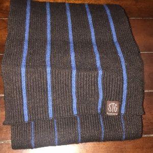 STG St. George by Duffer men's scarf, EUC.